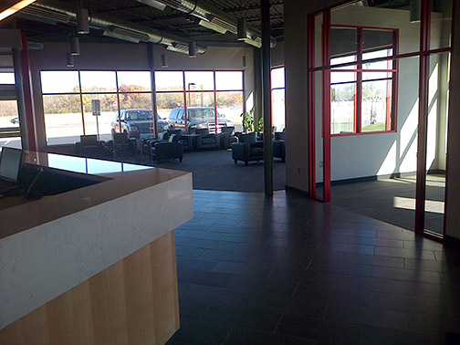 Fixed-Base-Operations-Valet-Parking-Minneapolis